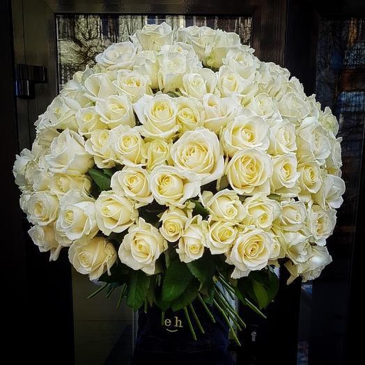 Букет из 101  розы «Аваланж»