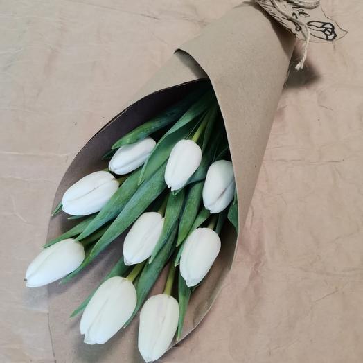 Корпоративные букеты из 9 белых тюльпанов