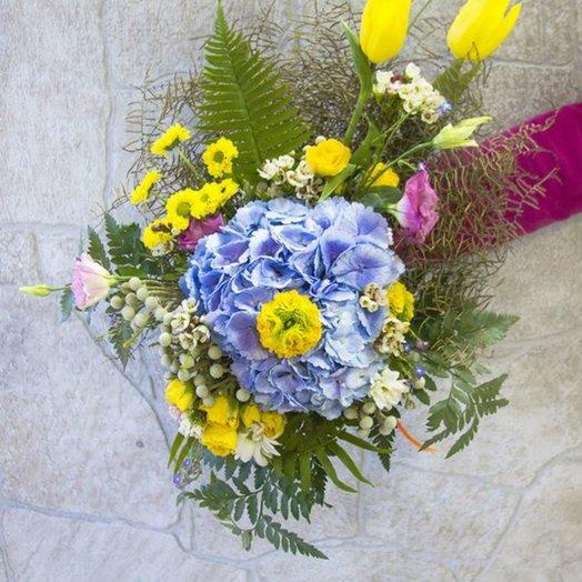 Букет подарочный: букеты цветов на заказ Flowwow