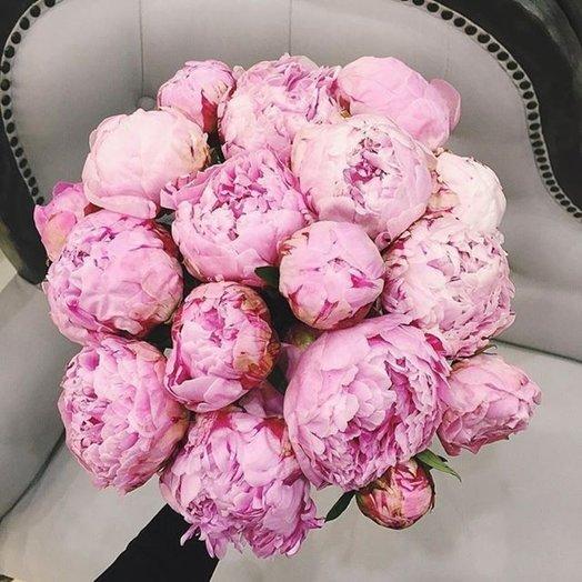 Букет из 17 розовых пионов: букеты цветов на заказ Flowwow