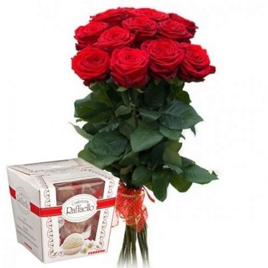 Розы с Рафаэлло: букеты цветов на заказ Flowwow