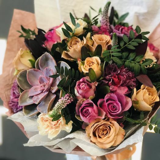 Букет с эхверией: букеты цветов на заказ Flowwow