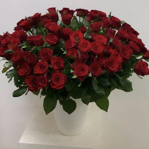101 роза в вазе: букеты цветов на заказ Flowwow