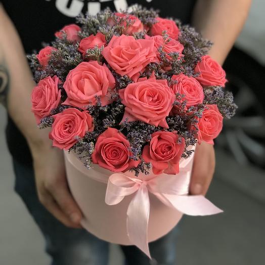 Коралловые кустовые розы: букеты цветов на заказ Flowwow
