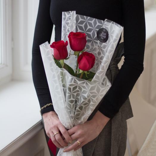 Розы с оформлением: букеты цветов на заказ Flowwow