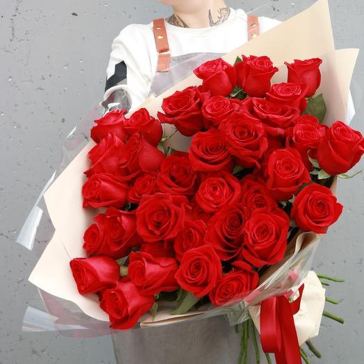 Красные розы 35