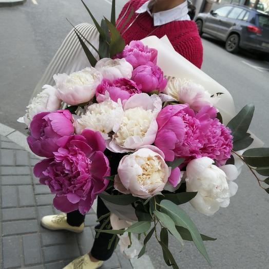Ароматные пионы по супер цене: букеты цветов на заказ Flowwow