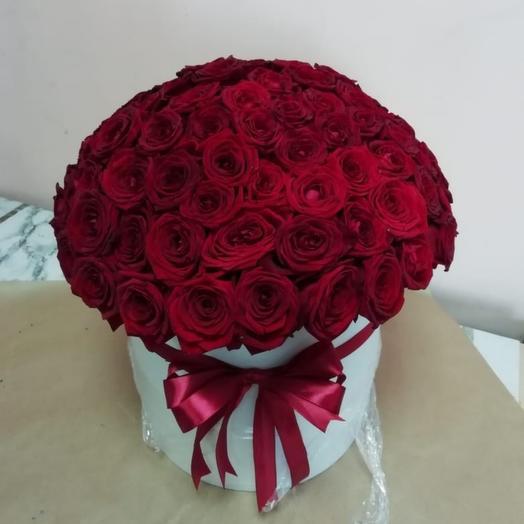 41 красная роза в каробке
