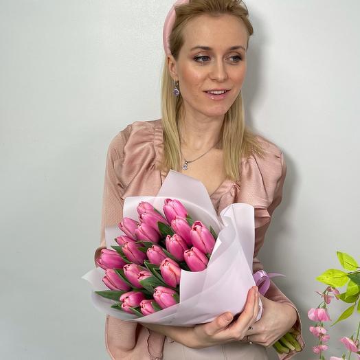 19 нежных Тюльпанов