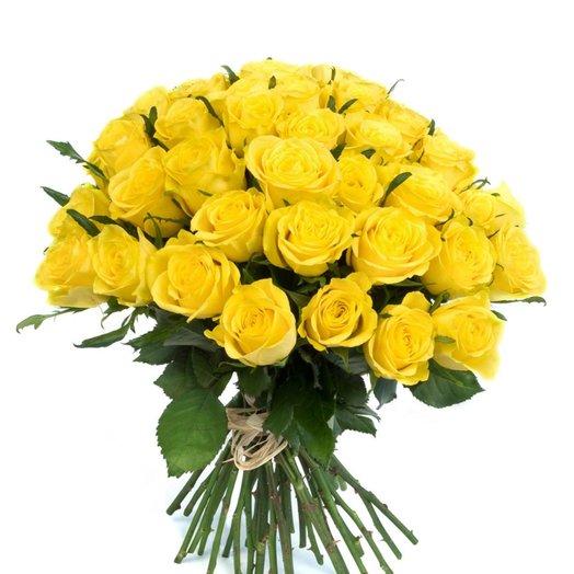 35 жёлтых роз
