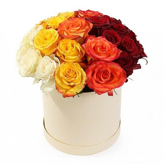 Коробка с разноцветными розами Закат