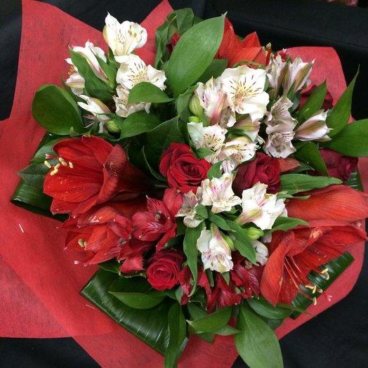 Букет Амарилис: букеты цветов на заказ Flowwow