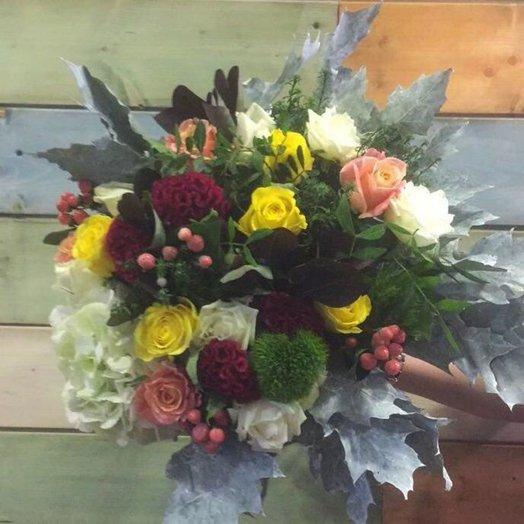 Первый иний: букеты цветов на заказ Flowwow