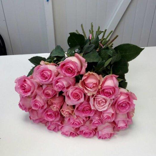 Моно букет из розовых роз