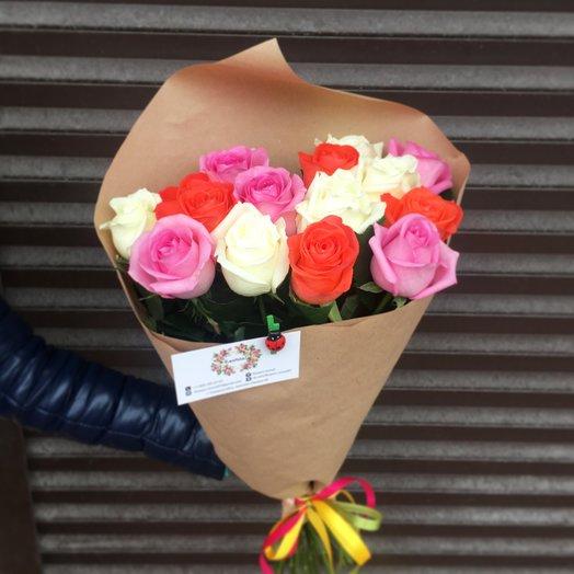 15 цветных роз: букеты цветов на заказ Flowwow