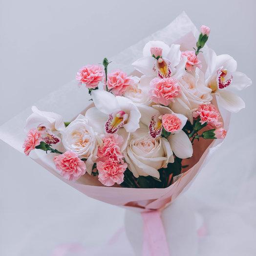 Нежный букетик с белоснежными орхидеями: букеты цветов на заказ Flowwow