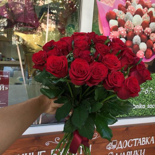 25 Красных роз : букеты цветов на заказ Flowwow