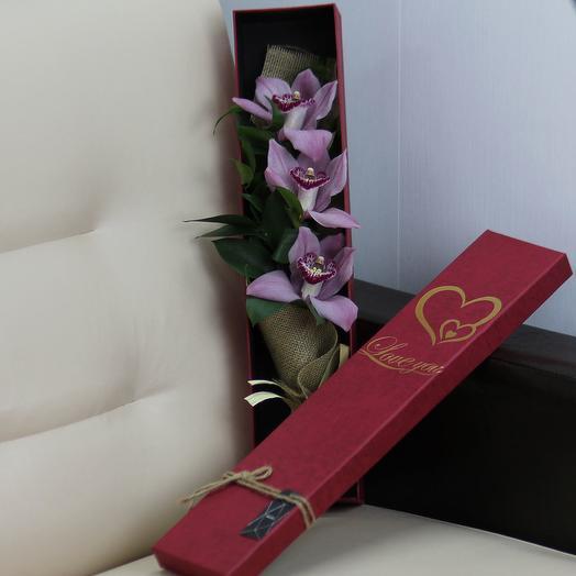 3 розовые орхидеи в коробке: букеты цветов на заказ Flowwow