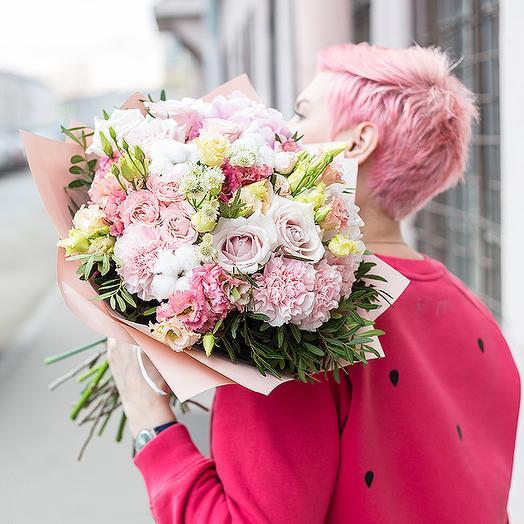 Букет из гортензии, гвоздик и роз: букеты цветов на заказ Flowwow