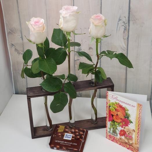 Подарок вазочка-полочка с цветами: букеты цветов на заказ Flowwow