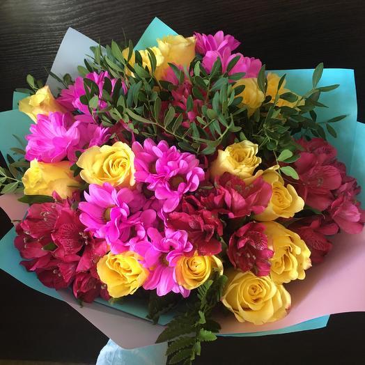 Яркий 9: букеты цветов на заказ Flowwow