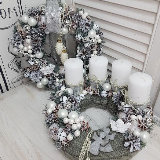Комплект новогоднего декора (венок и композиция на стол со свечами): букеты цветов на заказ Flowwow