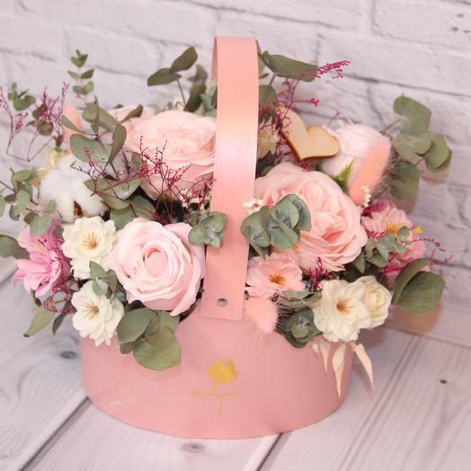 Сумочка с цветами: букеты цветов на заказ Flowwow