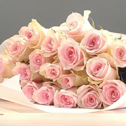17 роз  в крафте