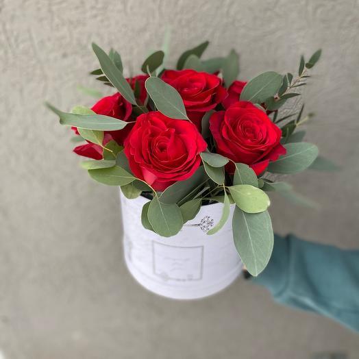 Коробка с розами