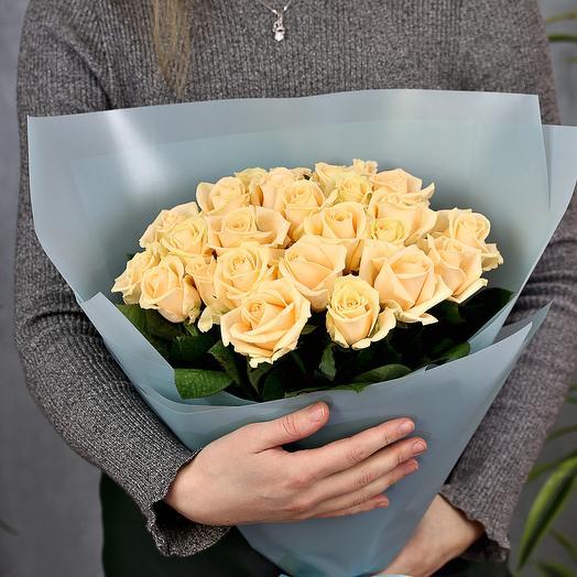 25 кремовых роз 50 см
