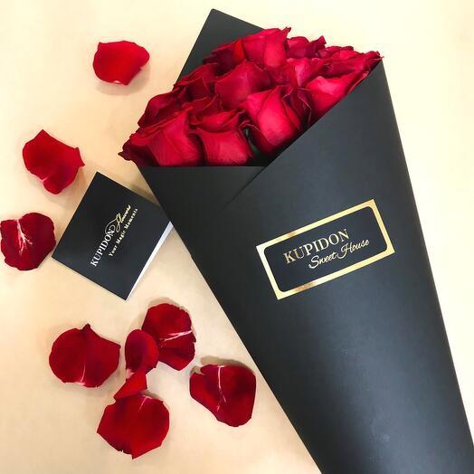 Конус на 15 роз