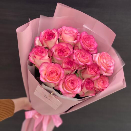 Букет роз с открыткой