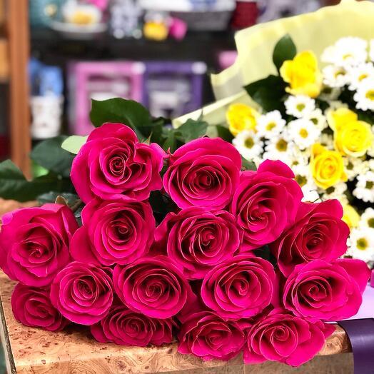 Букет из 15 премиальных роз