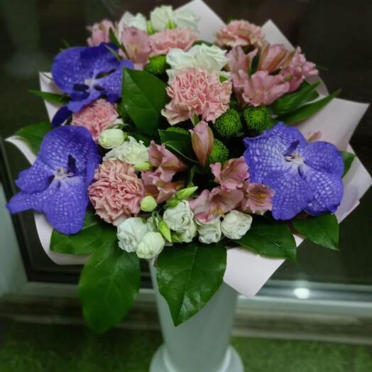 Букет орхидей Ванда