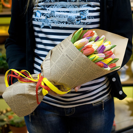 Букет из тюльпанов Разноцветные тюльпаны микс