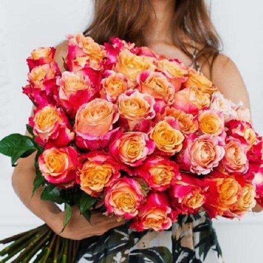 45 Эквадорских роз: букеты цветов на заказ Flowwow