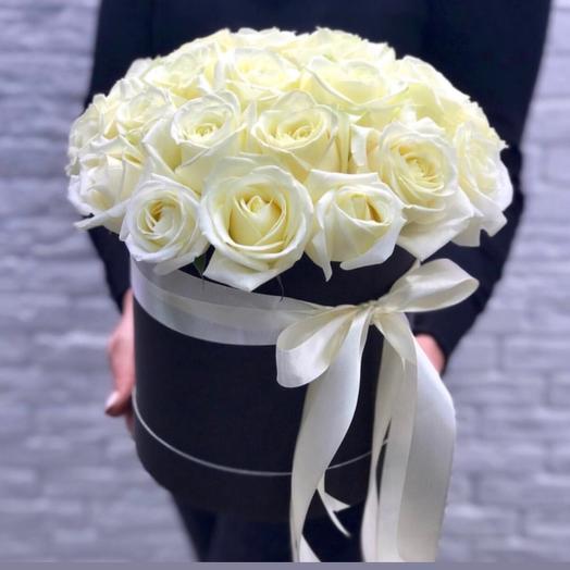 Шляпная Коробка из роз: букеты цветов на заказ Flowwow