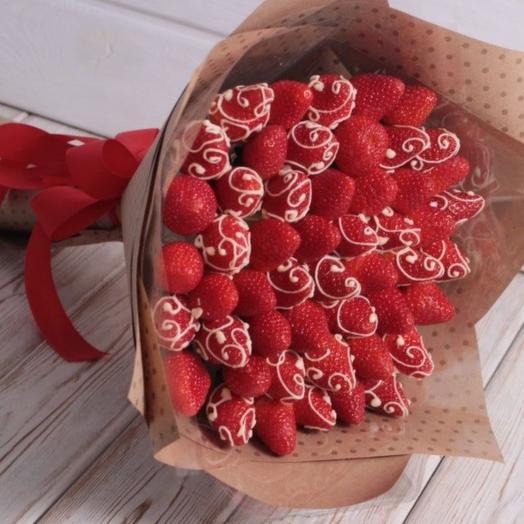 Клубничная роспись: букеты цветов на заказ Flowwow