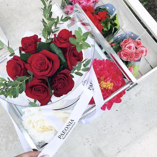 Коробка 33: букеты цветов на заказ Flowwow