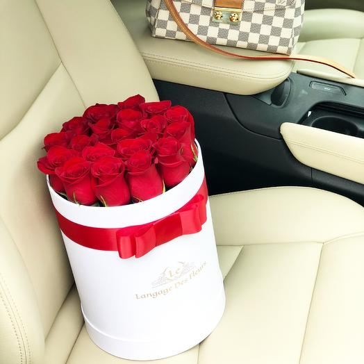 Medium box with red roses: flowers to order Flowwow
