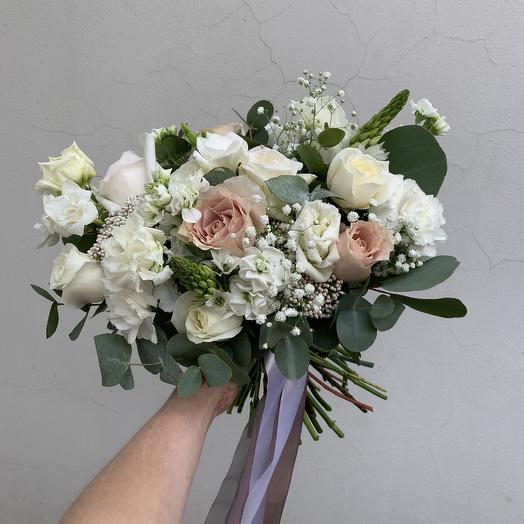 Беленький: букеты цветов на заказ Flowwow
