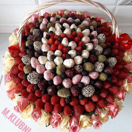 Корзина EXCLUSIVE: букеты цветов на заказ Flowwow