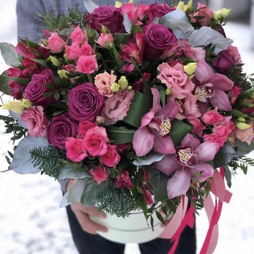 Роскошная коробка с орхидеей: букеты цветов на заказ Flowwow