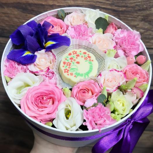 С 8 марта! Бельгийский шоколад и розы