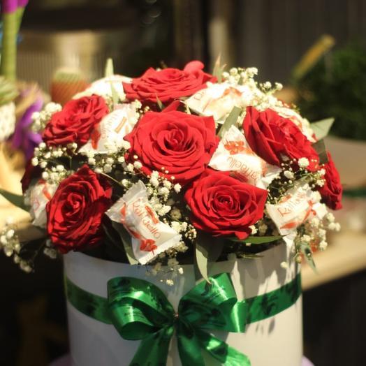 Roses in hat box