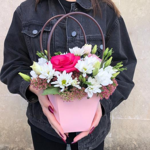 Розовая корзиночка
