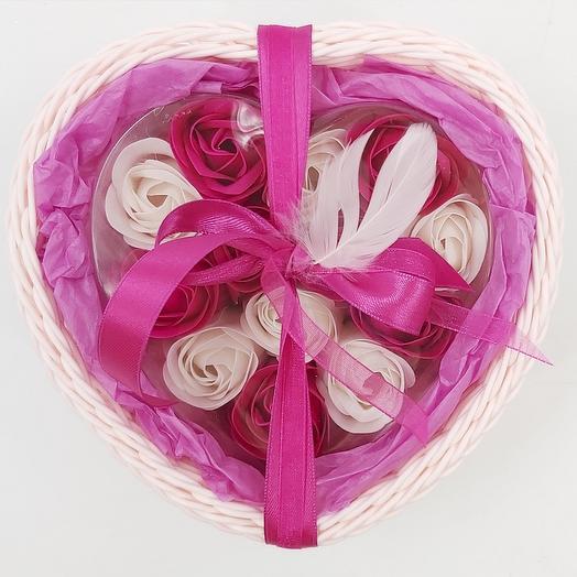Мыльные розочки в корзиночке Сердце