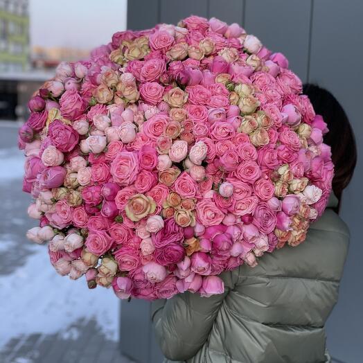 Букет Восхищение из 101 кустовой розы