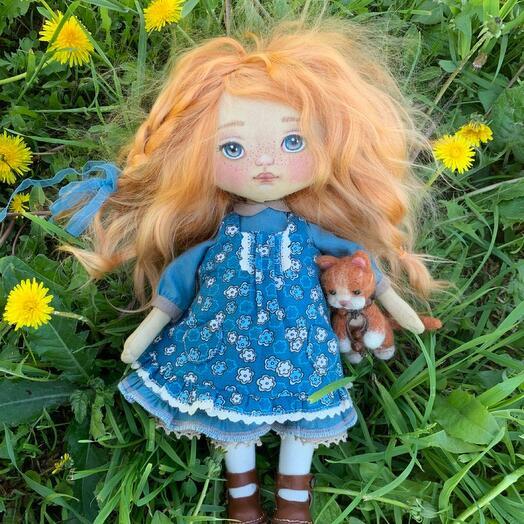 Кукла текстильная , тело-хлопок , волосы-шерсть козы , набивка-синтепух, обувь -кожа, лицо-акрил