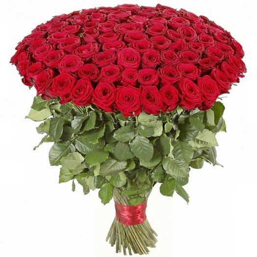 Букет 101 поцелуй в красном из красных роз Код 170007: букеты цветов на заказ Flowwow